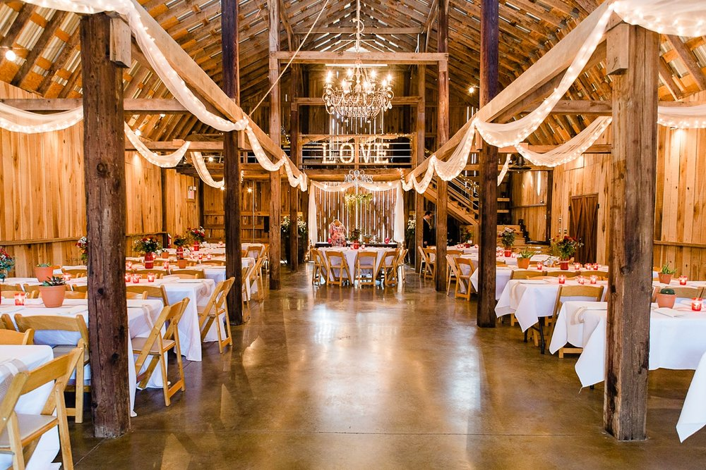 Dickson, Tennessee Cactus Creek Barn Autumn Wedding_0119.jpg