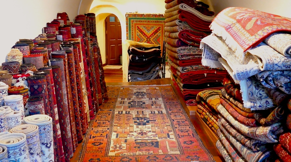 10,000 handmade Turkish carpets are stockpiled here. Yes, 10,000. Every single one authentic, traceable, and under the stewardship of a certified Turkish carpet expert who will walk you through the history and culture of these iconic treasures.