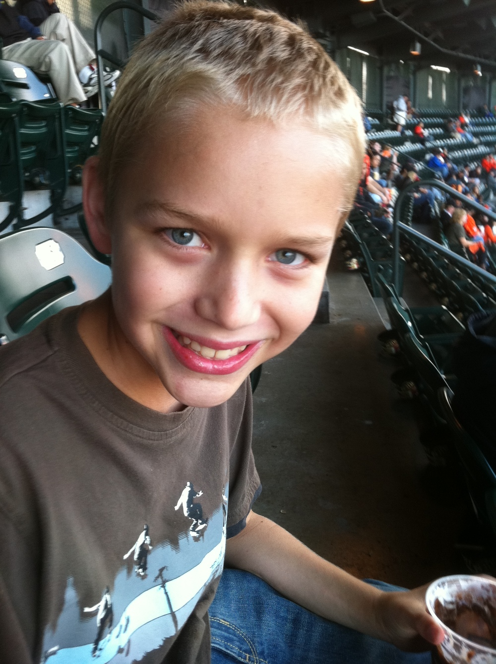 San Fransisco Giants Game w Ryan in SF 2012 outing.jpg