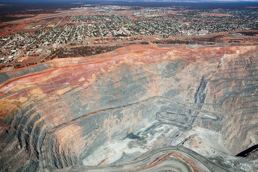 KALGOORLIE SUPER PIT AERIAL FOR CROWN HOTELS