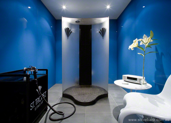 Spray Tanning Room at park St Spa for Blainey North & Associates (soo Zoolander!)