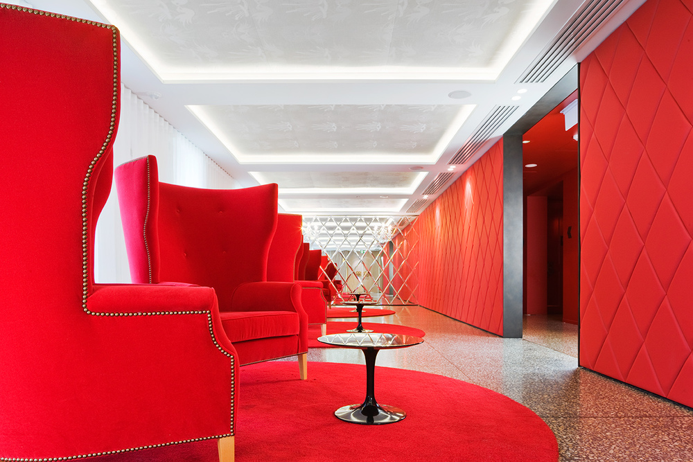 restaurant interiors photography Sergeants mess spandenberg & park..jpg