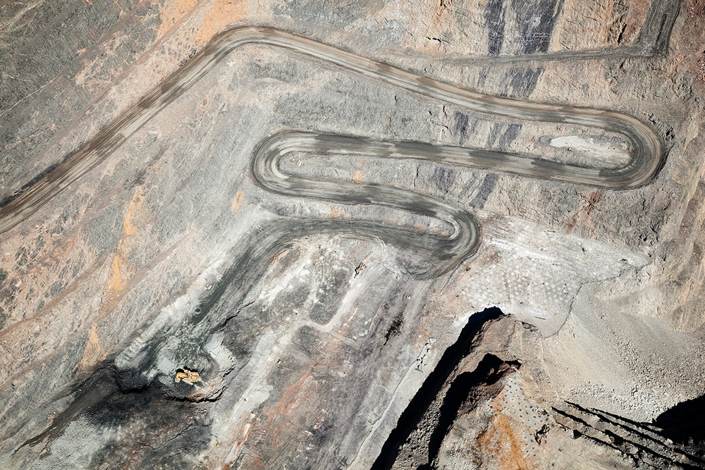 KALGOORLIE SUPER PIT FOR CRWON HOTELS