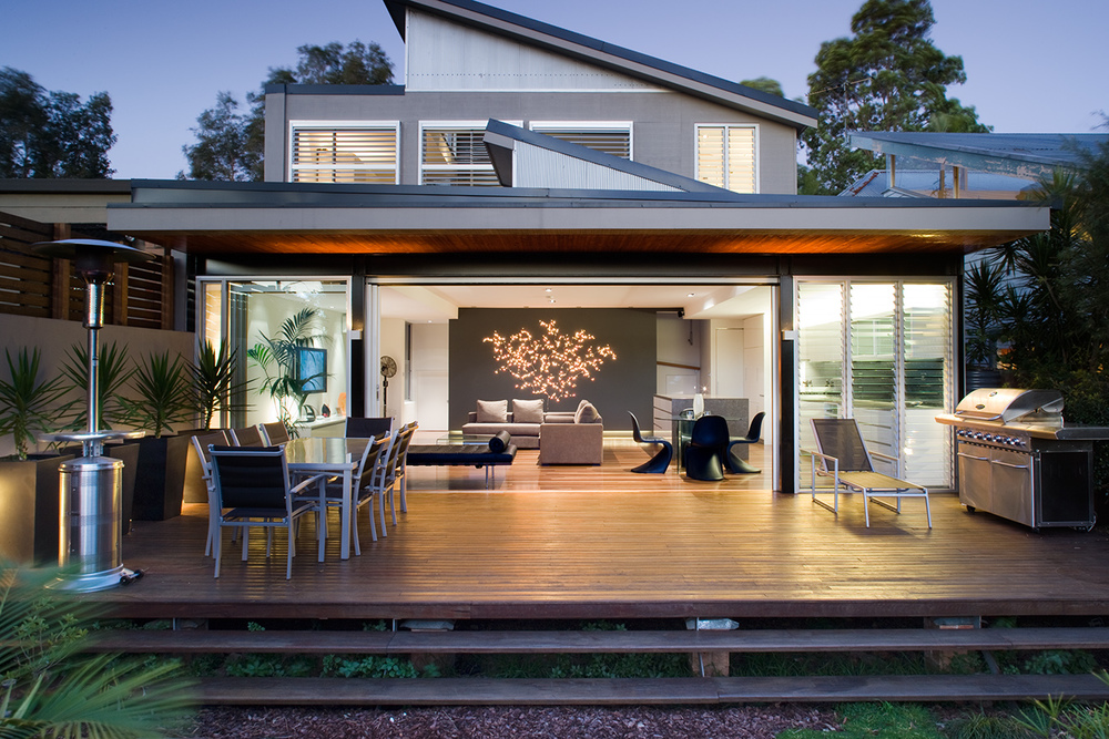 LEICHARDT HOUSE FOR ULTRA DEVELOPMENTS
