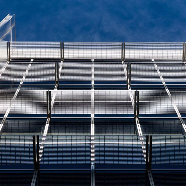 Screens... Rhodes business park... #industrialphotography #rhodesbusinesspark #rhodescorporatepark #fraserspropertyaustralia #stevebackphotography #abstractindustrial #industrialabstract