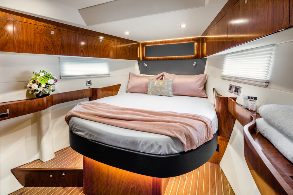 MARITIME PHTOOGRAPHY YACHT Anyboat Serenity.jpg