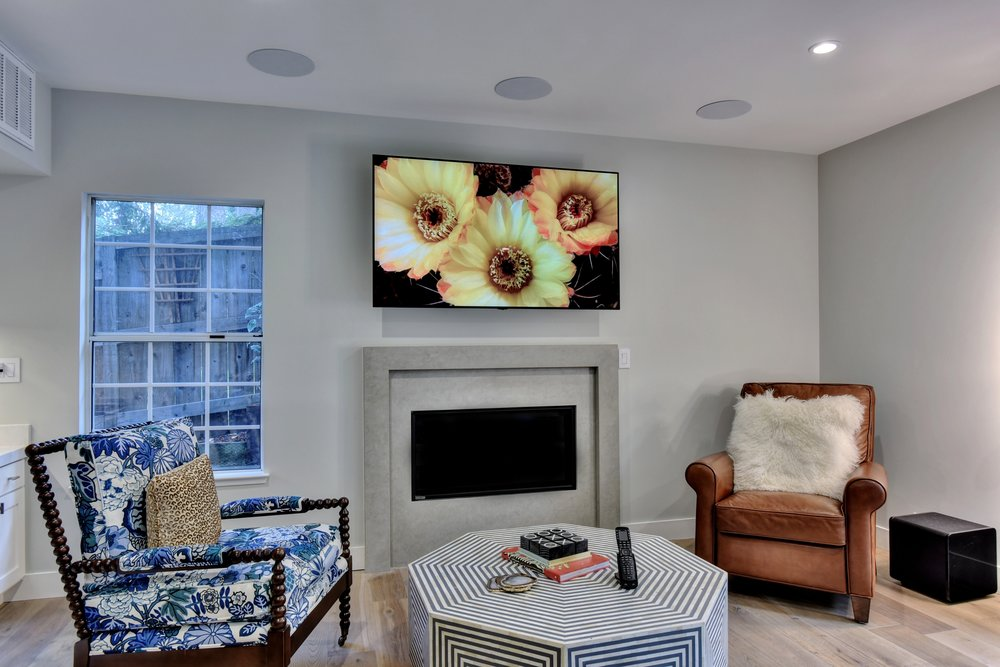 LG 65-inch OLED 4K UHD TV with 5.1 Paradigm In-ceiling 30° Angled Guided Soundfield Speakers