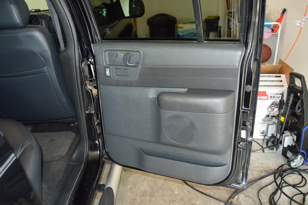 After shot of rear passenger door. Care was taken to get deep into the door jams.