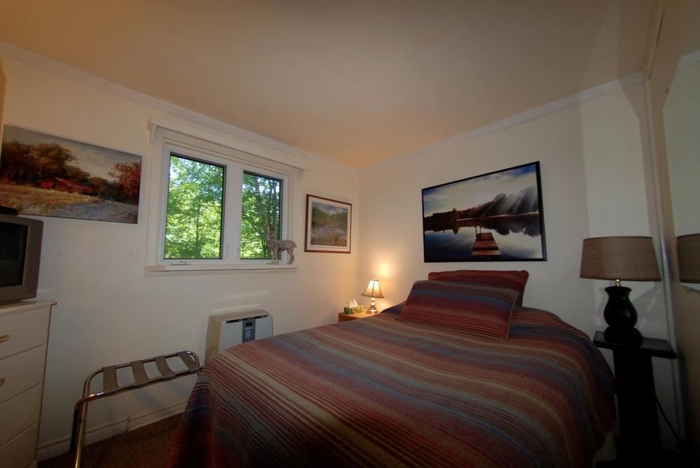 jills-suite-bedroom-one.jpg