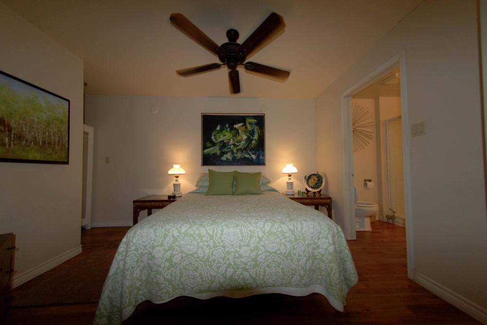 georges-suite-bedroom.jpg
