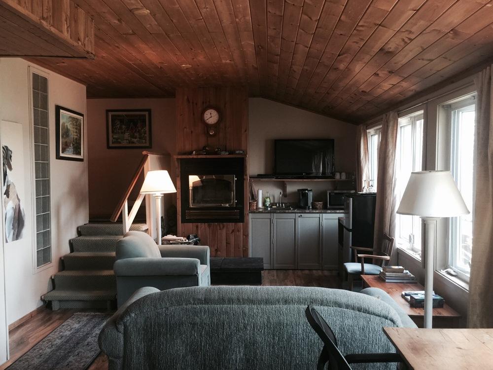 woodhaven-suite-sitting-area.jpg