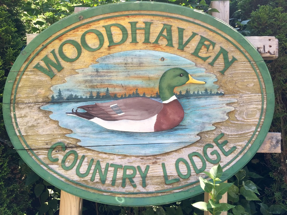 sign-woodhaven-country-lodge.jpg