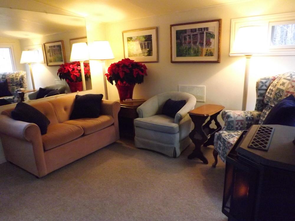 Jill's Suite - Living Room.
