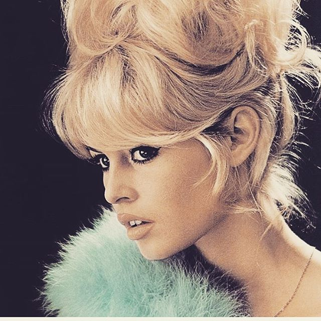 BB  #bardot #blonde #saturday #losangeles #babe #theblondebuds