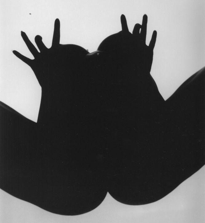 Erostismo-sombra-e-luz-tono-stano (2).jpg