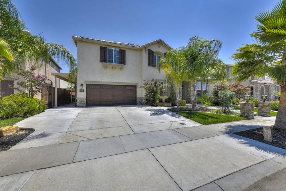 4056 Ice House Way 1.jpg