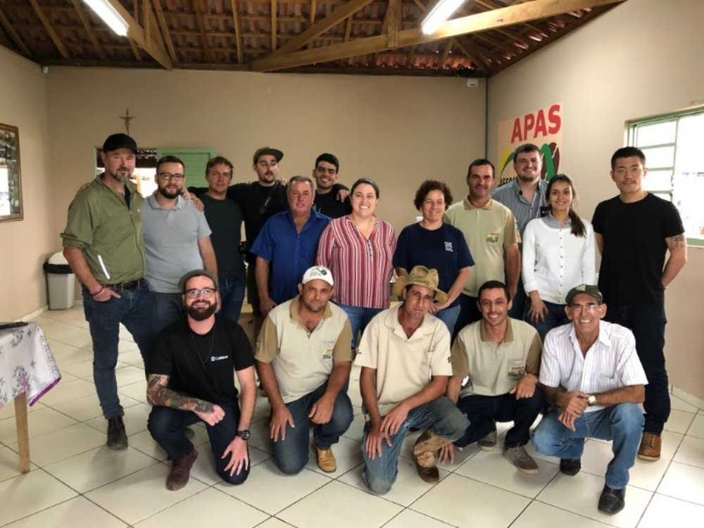 中央の女性が優勝者 Sitio Sao Francisco, Adriana さん