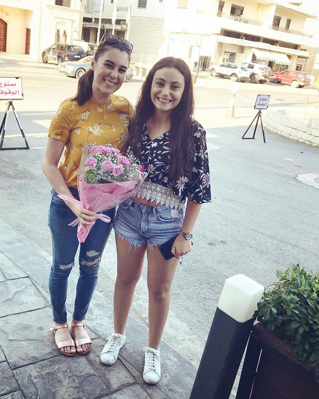 So so nice to finally meet @camelia_saade, creator of @leilamilki_officialfanpage (still in shock) and truly the most generous & accomplished #1 cheerleader I could ever ask for!!!💐✨ she's a hard-working classical piano & opera student, speaks approximately 10 languages...and puts her heart & soul into supporting other artists. Thank you for making me feel so special!!💘 (Photo creds: coolest cousin @najibbadawi, aafekrah😉)