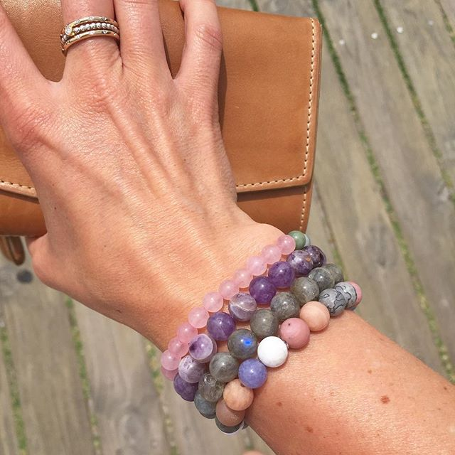 Lovelyness is... some beautiful handmade gemstone bracelets from a gorgeous friend that are making me very happy amidst all the sad goodbyes we're saying in NZ this week 💖 x #gemstonebracelet #madewithlove #lovelyness #giftfromafriend #healingpower