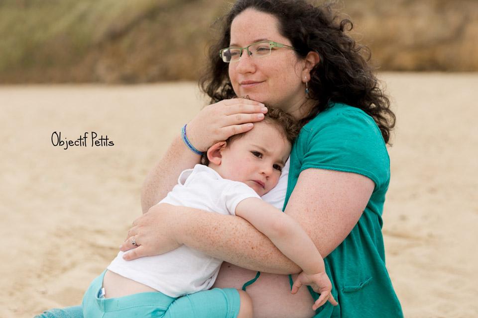Séance photo en famille sur la plage à Brest | Objectif Petits, Photographe de bébés, enfants et familles à Brest (Bretagne)