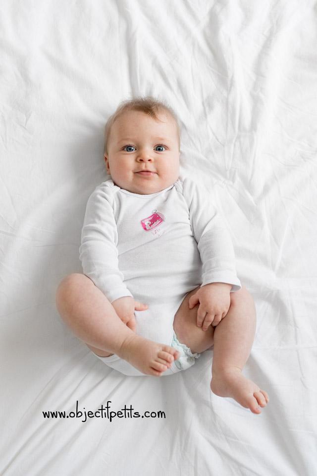 Séance photo bébé 6 mois Brest Objectif Petits Photographe bébés enfants familles Brest Bretagne