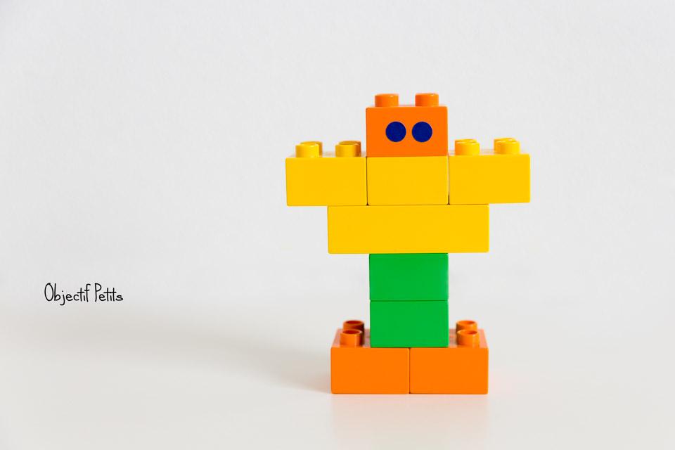 """Madame """"Cheveux de Laine"""" en LEGO,Projet 52 Semaine 32, Objectif Petits, Photographe de bébés, enfants et familles à Brest (Bretagne)"""