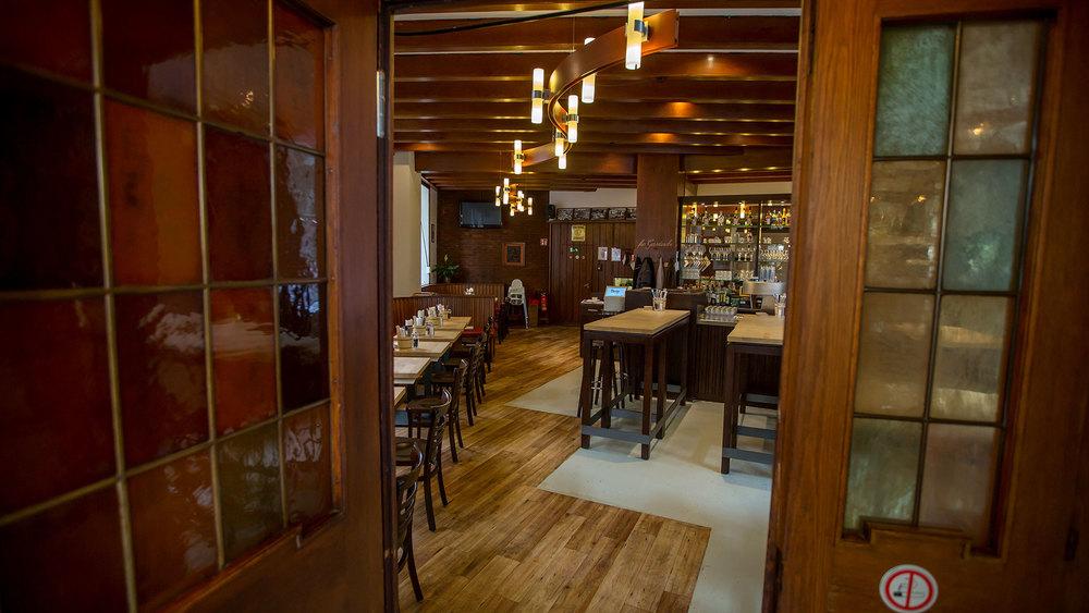 uerige am markt restaurant brauhaus d sseldorf oberbilk. Black Bedroom Furniture Sets. Home Design Ideas