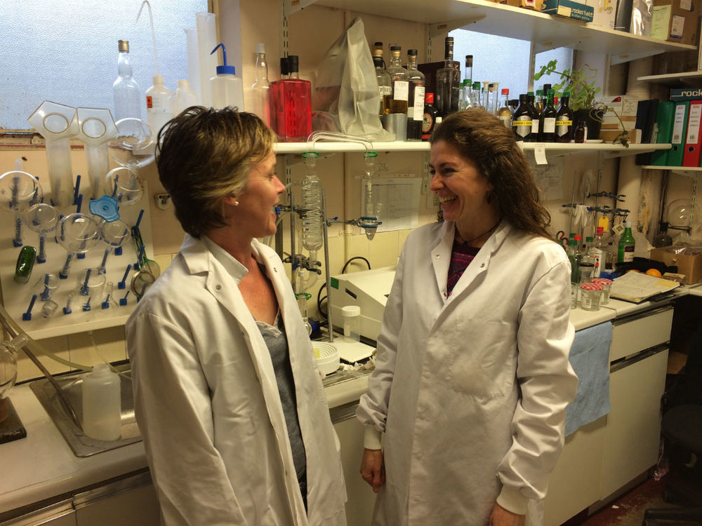 Faye with flavour scientist, Gema Zaragoza Álvarez