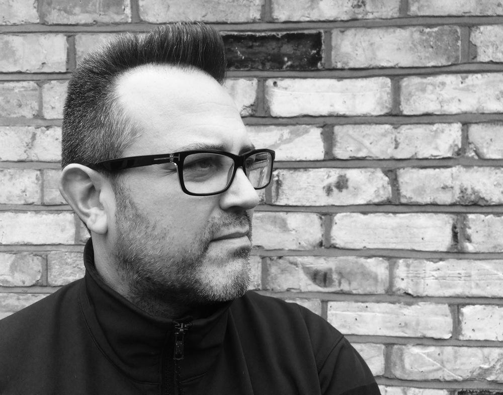 Andreas Sallas still the Flat Top master barber