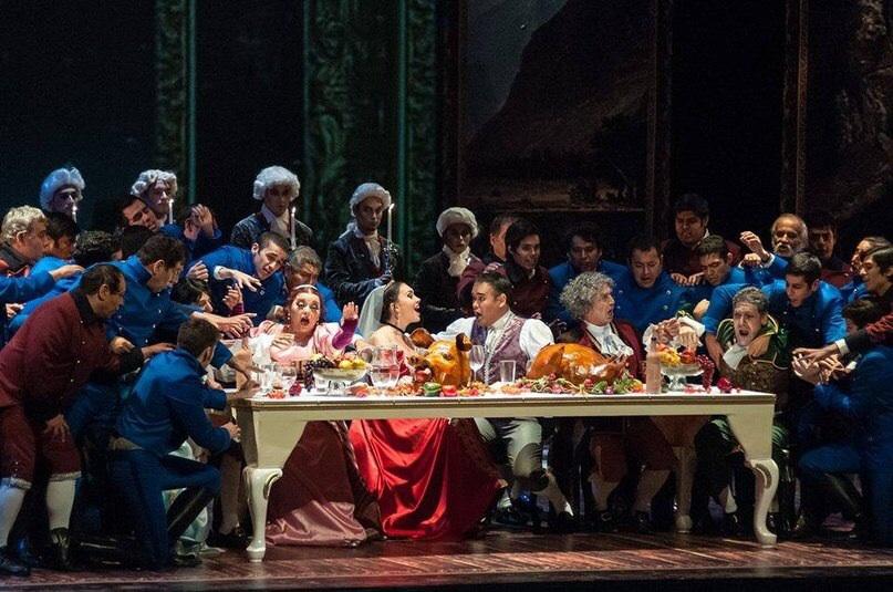 """Opera Monterrey, Mexiko, die Rolle von Angelina in der Oper """"Cenerentola"""", Dezember 2013"""