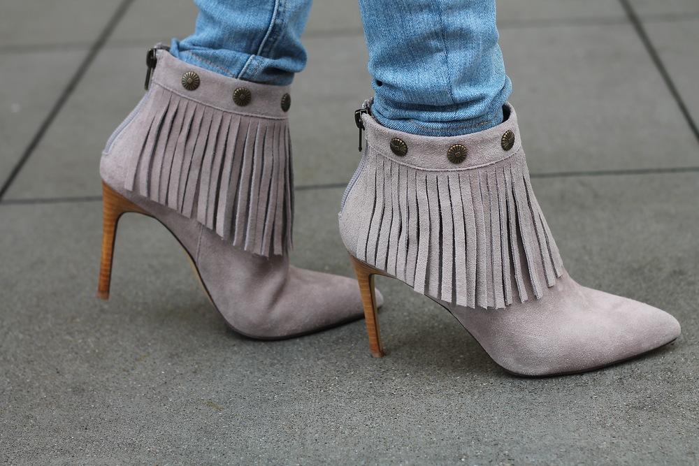 Fringeshoes.jpg