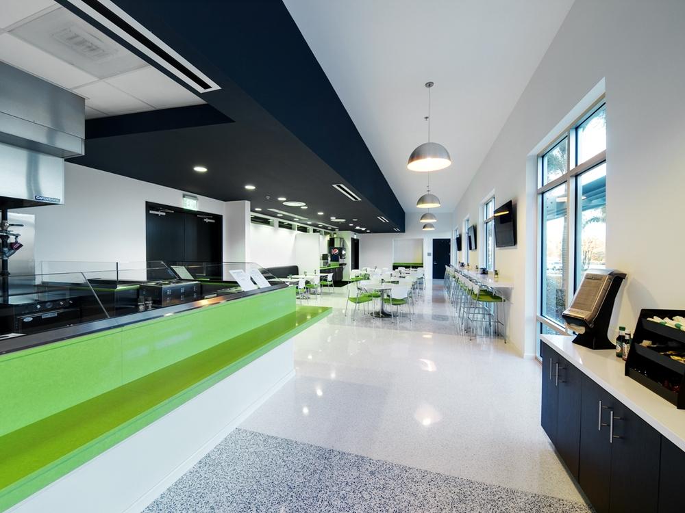 cafeteria02 (reduced).jpg