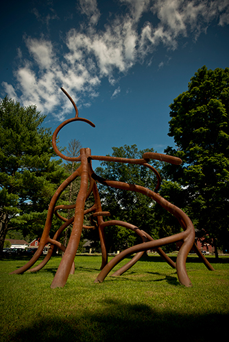 Steel Roots,  2008 Steel, rust patina 50 x 35 x 40 feet Photo © KENEK Photography