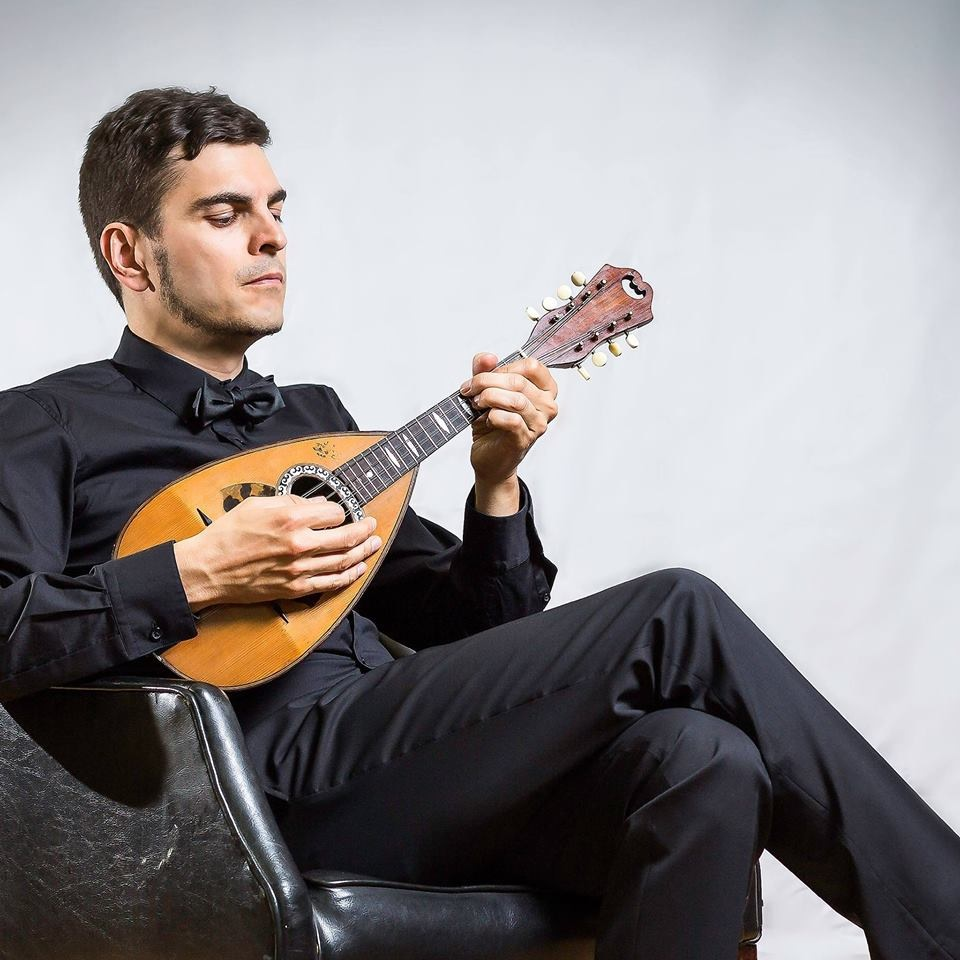 jonathan-belanger-mandolinist