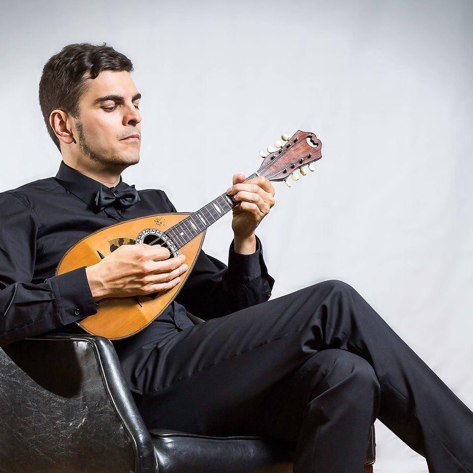 jonathan-bélanger-mandoliniste