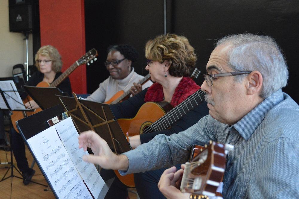 montreal-classical-guitar-classes