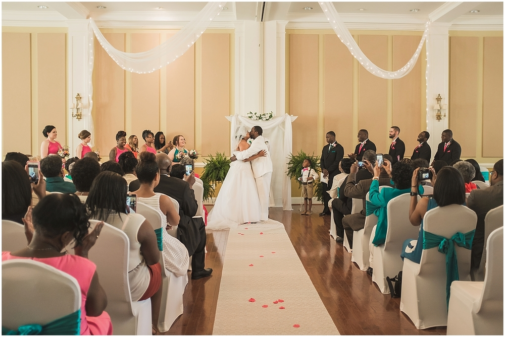 raleigh_wedding_photographer__0214.jpg