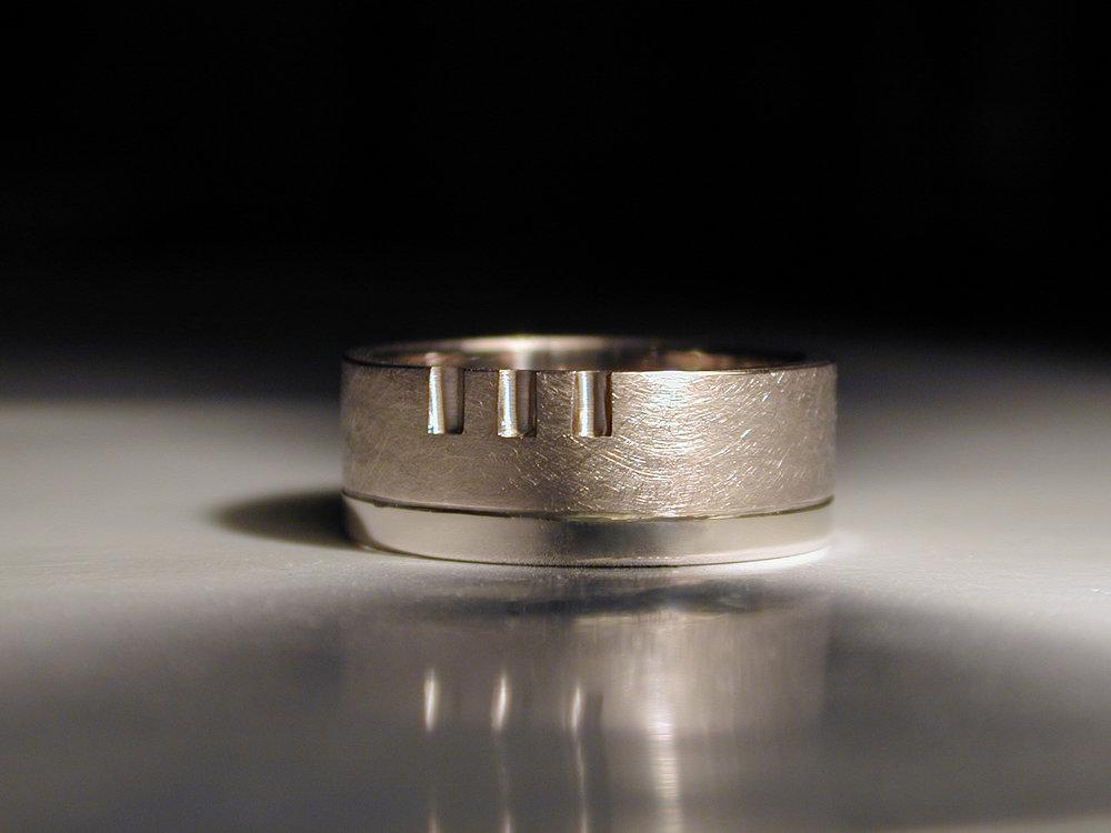Steve's Ring-1.JPG