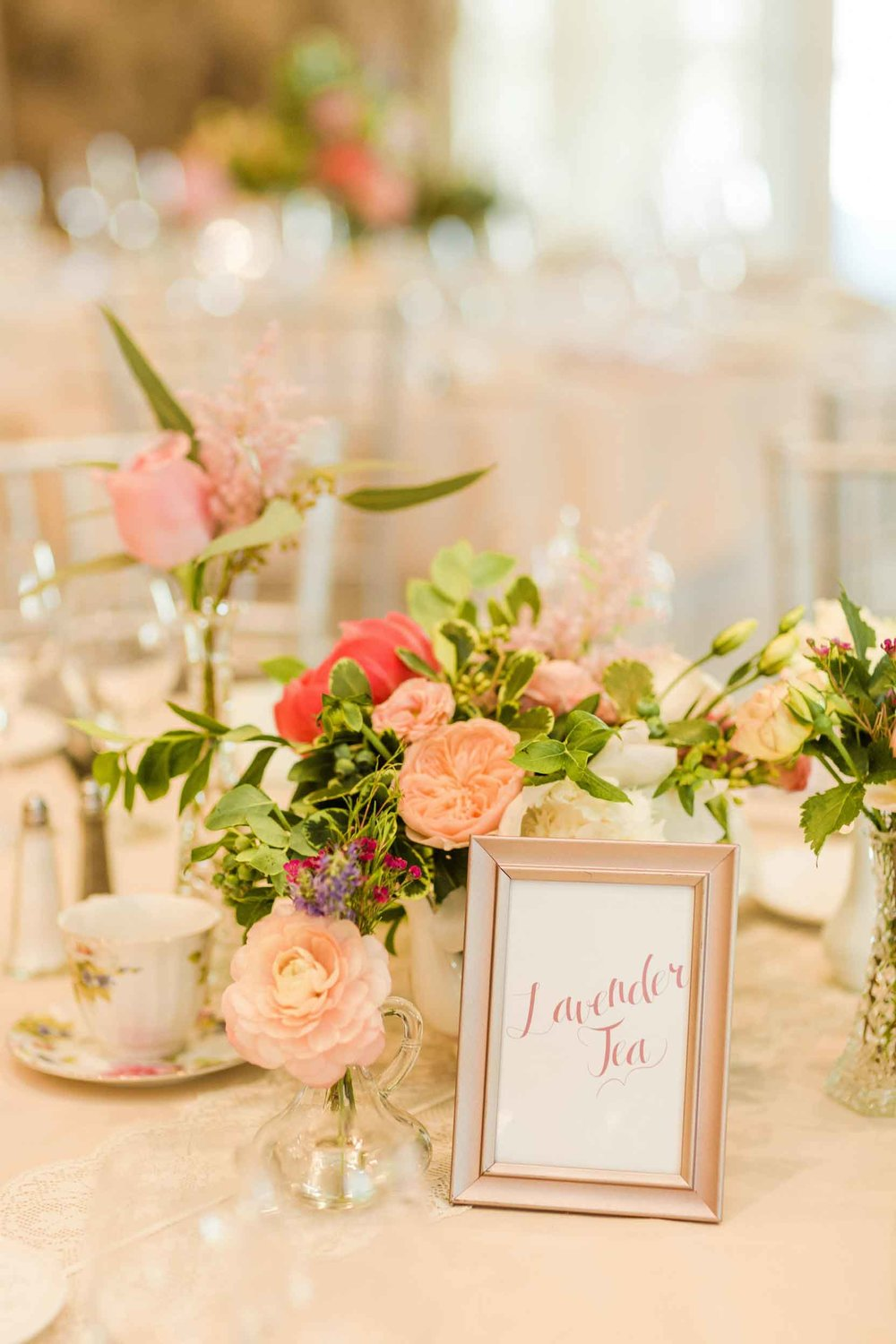 A-DIY-Vintage-and-Tea-Inspired-Wedding Table Decor