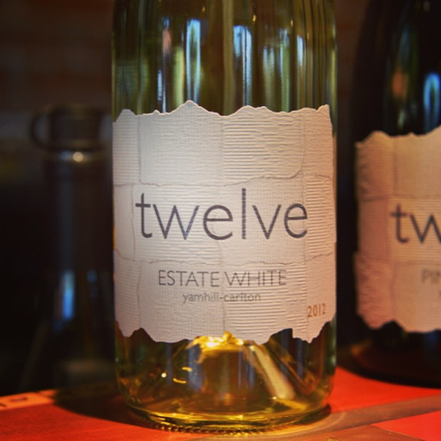 It's hot today in Carlton! We are pouring our delicious white blend in our cool downtown tasting room... Just sayin... #carltonoregon #whitewine #winetasting