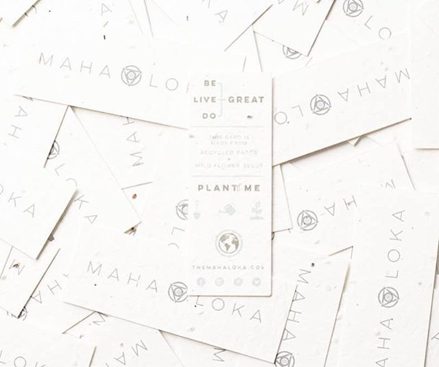 Because today is #nationalplantaflowerday 🌱🌼 and we celebrate by giving back to this great world, with our plantable tags. 🤲🏼 #themahaloka #greatworld #givingback #responsible #ethical