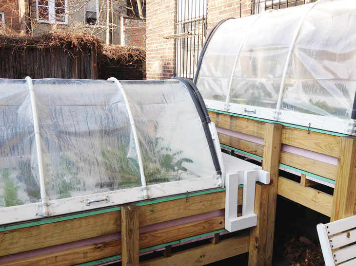 Large-Indoor-Outdoor-Aquaponics-Complete-with-covered.jpg