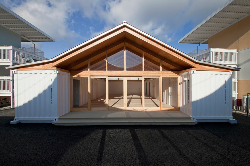 & SHIGERU BAN ARCHITECTS | A stunningly simple container home \u2014 desima