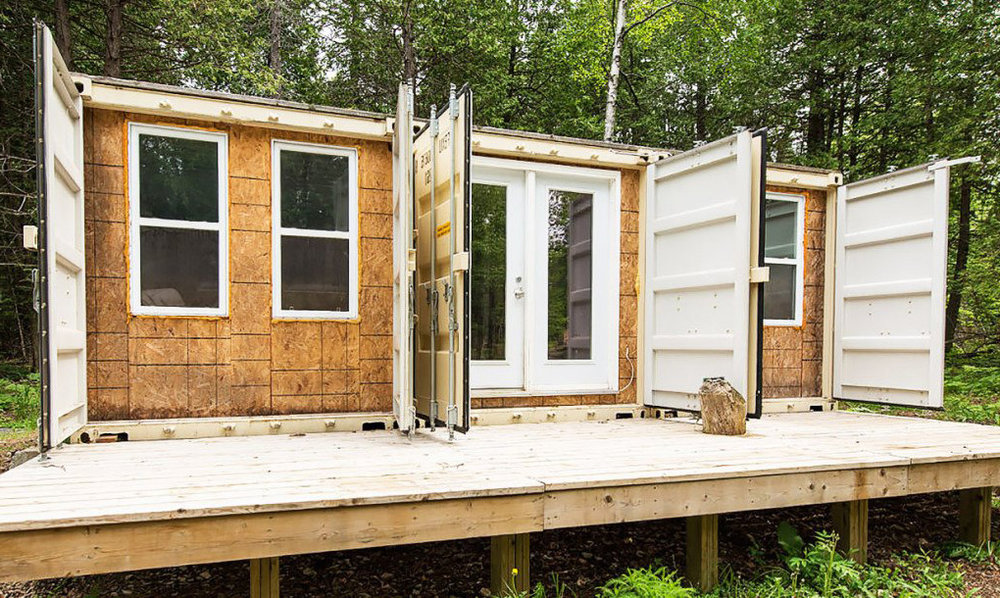 Joseph-Dupuis-shipping-container-home-lead1-1020x610.jpg