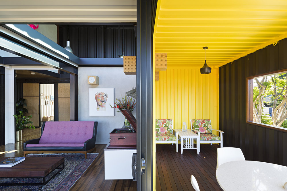 shipping-container-homes-14.jpg