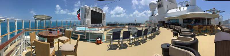 The always-empty adults-only sundeck and hot tubs.