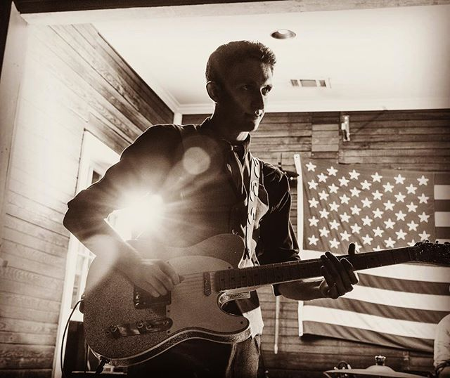 Banger's Country Comedown Concert Series is in full effect folks! Enjoy a cold beer with amazing music from fantastic musicians. Check out our lineup below:  3/28 - Teddy Long 3/29 - Ben Balmer 3/30 - Travis Green. . . . . #livemusic #austintexas #raineystreet #bangers #beer #sausage