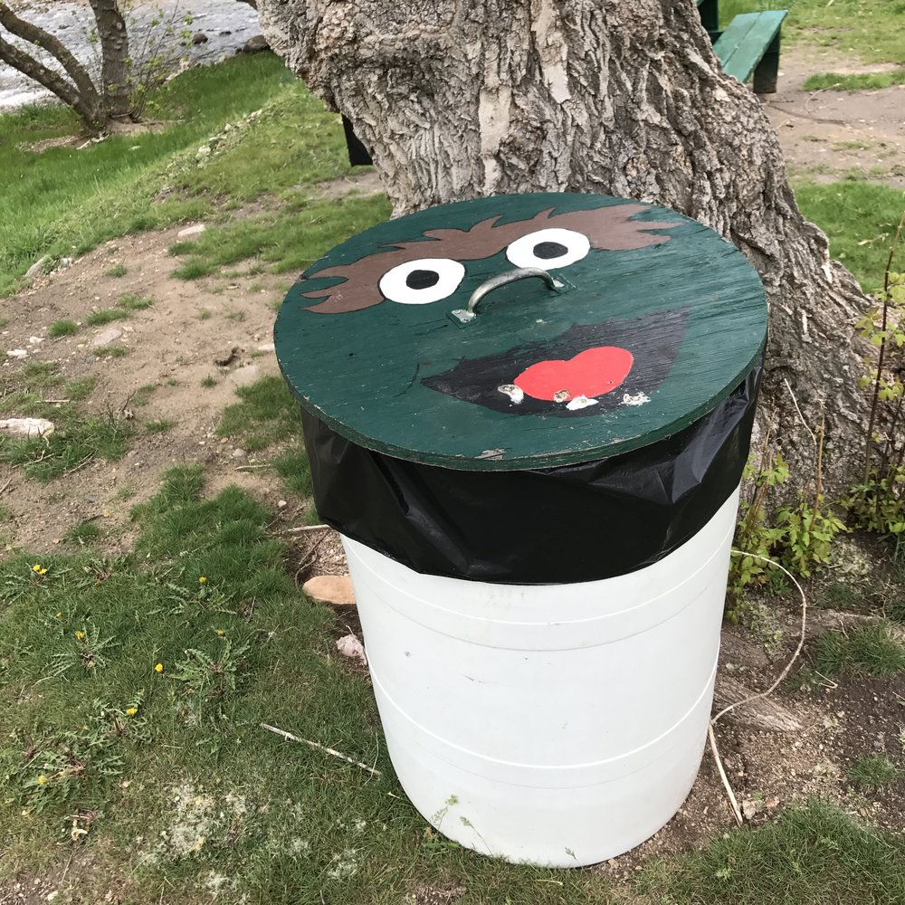 oscar-the-grouch-trash-can.JPG