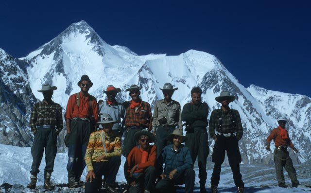 Nick Clinch and team on Hidden Peak. Photo: Andrew Kauffman Collection