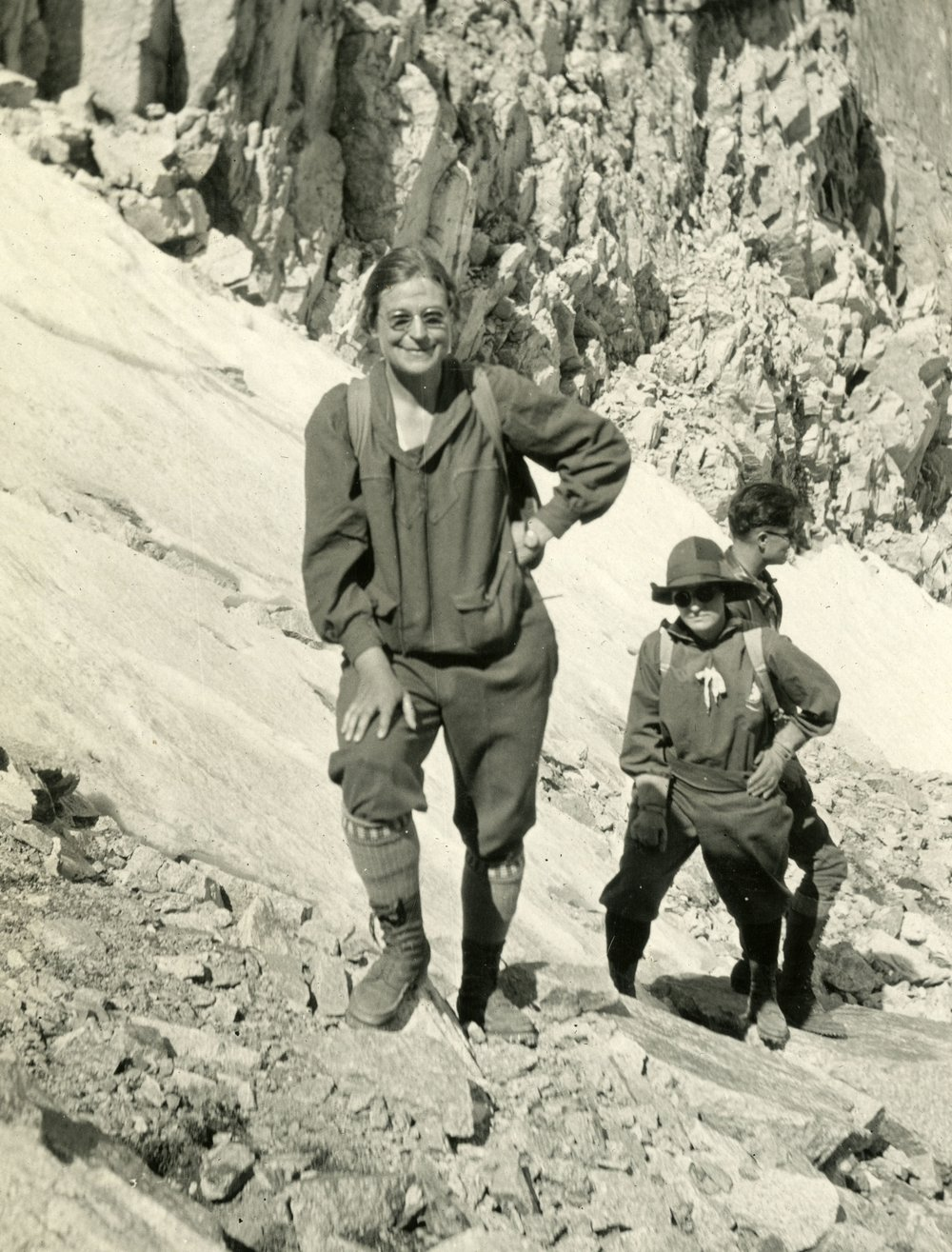 Agnes Vaille climbing in Mount Meeker and Longs Peak in Colorado, 1924
